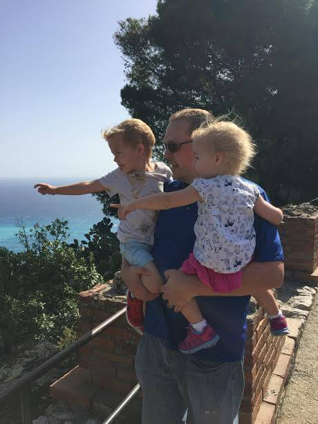 7 unexpected benefits of traveling with young children